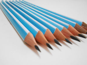 Wooden Pencil Student Pencil Pencil with Eraser Hb Pencil pictures & photos