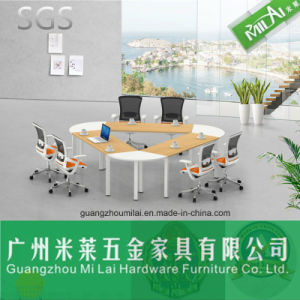 Contemporary Triangular Meeting Table & Dining Table with Stainless Steel Leg pictures & photos