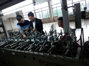 China Window or Door Line Decorative Woodworking Wrapping Machine Manufacturer pictures & photos