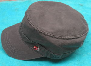 Custom Boys Army Flat Cap pictures & photos