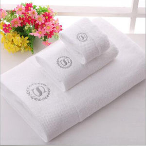 5 Star Hotel Standards Embossed Bath Towel (DPF060572) pictures & photos