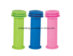 Rubber Colorful Bicycle Grips for Mountain Bike (HGP-041) pictures & photos