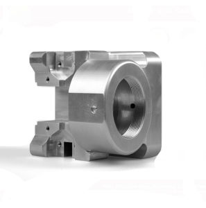 CNC Machining Truck Part Small Metal Parts pictures & photos