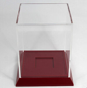 Wooden Award Display Base with Acrylic Cover pictures & photos