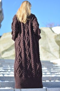 Cable Hand Knitted Long Wool Sweater Dress pictures & photos