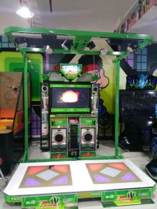 Popular Arcade Coin Operated Dancing Game Machine (MT-2031) pictures & photos