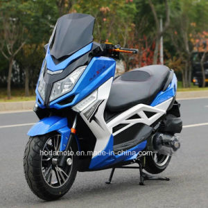 Luxioury EEC Efi Gasoline Scooter Motorbike (HD125T-19T) pictures & photos