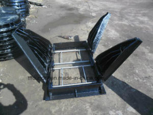 Cast Iron Square Frame with Triangular Type Manhole Covers pictures & photos