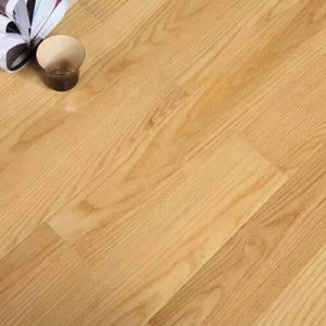 High Quality 8mm Laminate Flooring Made in China pictures & photos