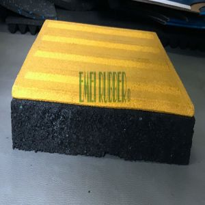 Anti-Slip Blind Way Rubber Paver pictures & photos