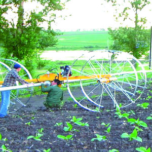 Rolling Wheel Sprinkler for Short Crops Irrigation pictures & photos