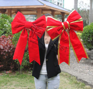 Red Velvet Giant Structural Bow for Christmas pictures & photos