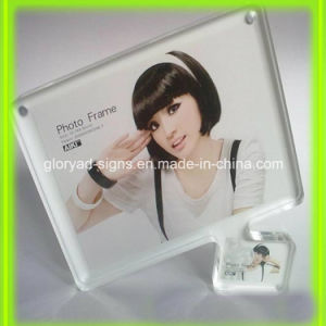 New Style Innovative Funny Acrylic Photo Frame pictures & photos