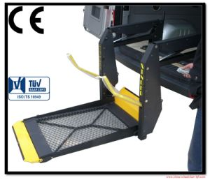 Hydraulic Wheelchair Lifts for Wheelchair Get Into Van Loading 350kg pictures & photos