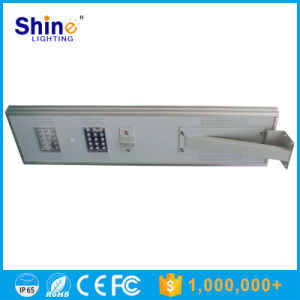 Modern 12V Solar 30W LED Street Light with Pole pictures & photos