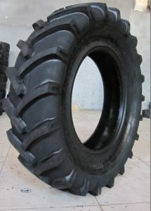 12.5/80-18 Tire, Backhoe Tire 12.5/80-18 pictures & photos