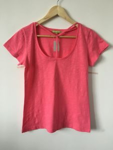Fashion Clothing Women Summer Round Neck Breathable Cotton Knitted T-Shirt pictures & photos