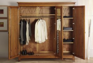 Bedroom Furniture Solid Wood Wardrobe pictures & photos
