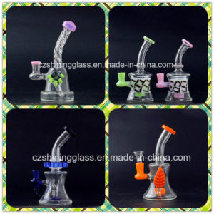 Shining Color Change Simple Design Small Glass Smoking Water Pipe pictures & photos