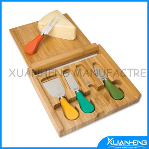 Cheese Cutting Board Set with Stainless Steel Cheese Knife pictures & photos