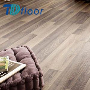 Commercial Luxury Vinyl Planks Tile /Wood Embossed PVC Plastic Floor pictures & photos