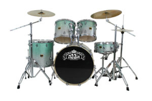 High Grade Painting Maple Drum Set (DS-580) pictures & photos
