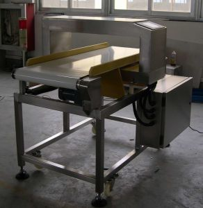 Metal Detector for Foil Packing Product Inspection (630D/4010) pictures & photos