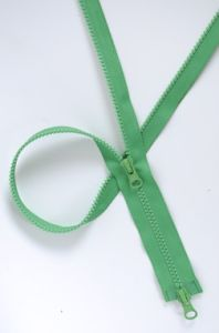 Plastic Zipper for Sportswear (HVV0015)