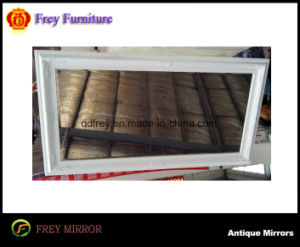 High Quality Decorative Wooden Wall Mirror Frame pictures & photos
