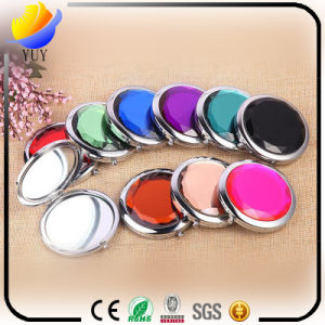 Customized Style Fine Pattern Crystal Small Makeup Mirror pictures & photos