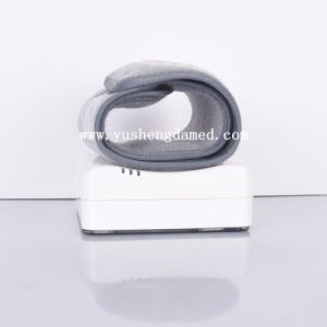 Medical Meter Ce Approved Electronic Blood Pressure Monitor pictures & photos