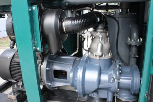 11kw Save Power 30% Air Compressor for Sale in Oman pictures & photos