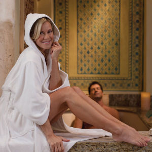 Unisex Egyptian Cotton Hotel White Velour Hooded Bathrobe pictures & photos