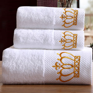 Luxury Customized Embroidery Cotton Bath Towel for Hotel pictures & photos