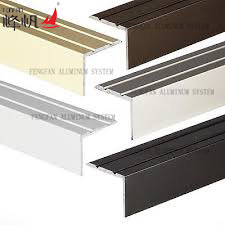 Building Material Non Slip Stair Nosing pictures & photos