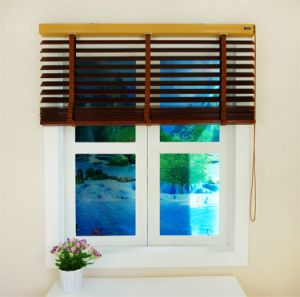 Wholesale Competitive Price Factory Price Blinds Wood pictures & photos
