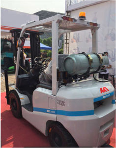 3.5ton Gasoline Forklift with Imported Japanese Nissan K25 Engine pictures & photos
