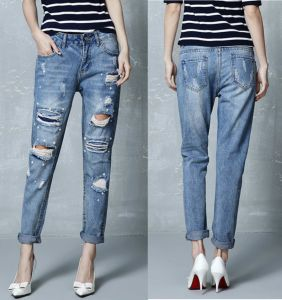 Girls Pearl Embroidery Knee Broken Boyfriend Hole Ripped Jeans (JC1342) pictures & photos