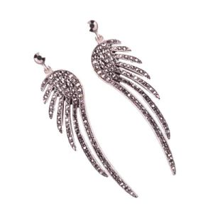 Hot Sale Super Flash Zircon Animal Wing Shape Jewelry Earrings for Women pictures & photos