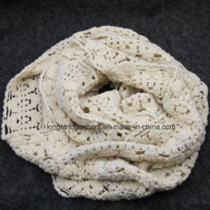 100% Acrylic White Small-Holed Hollow Warp Knitted Neck Scarf pictures & photos