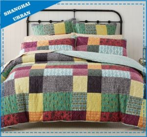 Colorblock Patchwork Design Printed Polyester Bedspread Set pictures & photos