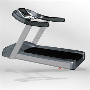 Electric Commercial Treadmill/ Motorized Treadmill for Gym (BCT-04) pictures & photos