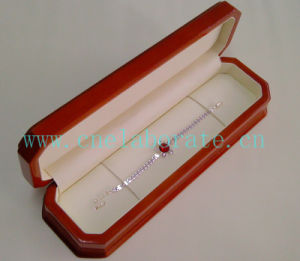 Wooden Bracelet Jewelry Box pictures & photos
