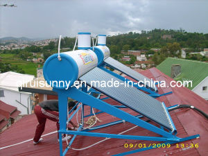 200 Liter Solar Water Heater with 5 Liter Feeder Tank pictures & photos