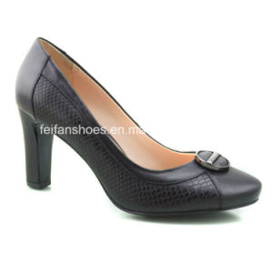 New Style Fashion Women Shoes Chunky Heels High Heels (OLY16311-3) pictures & photos