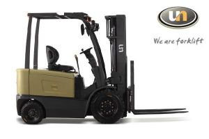 Four Wheeler Heavy Duty Transporting Electric Narrow Battery Forklift 4ton pictures & photos