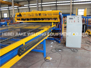 Welded Wire Mesh Machine in Rolls or Panels pictures & photos