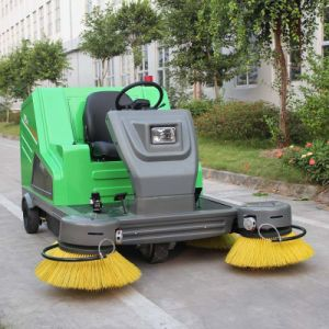 China Wholesale Industrial Cleaning Machine Electric Ride on Road Sweeper (DQS18) pictures & photos