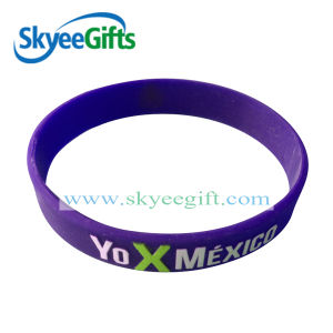 Customized Silicone Bracelet Logo for Sale Promotion pictures & photos