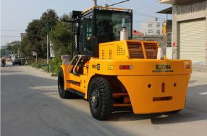 Heavy Duty Diesel Forklift with Load Capacity 15000kg pictures & photos